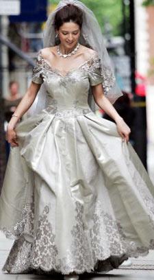 Most Expensive Wedding Dress.Domo Adami Made The World S Most Expensive Wedding Dress